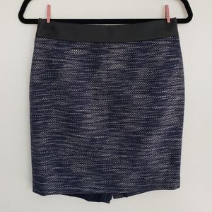 Ann Taylor Blue and White Tweed Pincel Skirt EUC